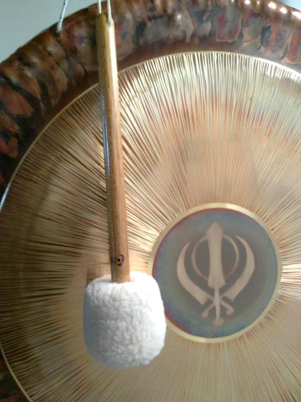 Gong Sinfónico de 62 cm (24″) artesanal – Para yoga, meditación, terapéutico o relajación profunda