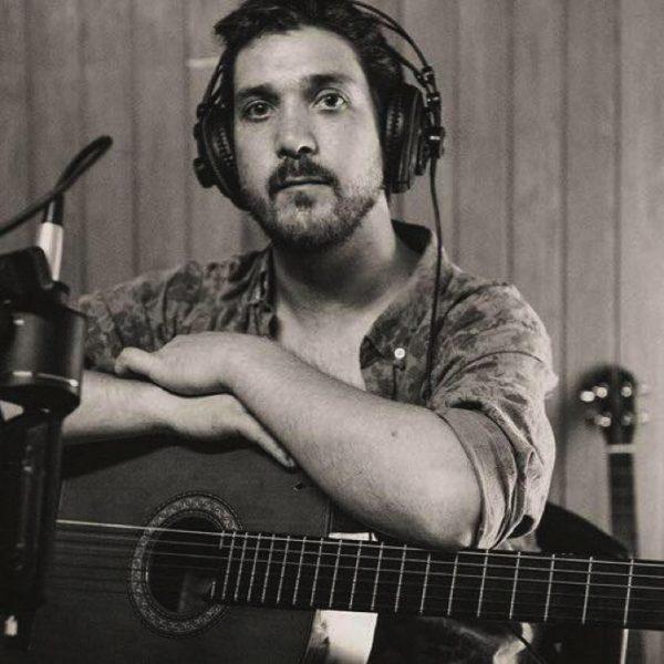 Clases de Guitarrón Chileno, de forma física y Online para todo el mundo de Alfonso Ureta Munizaga