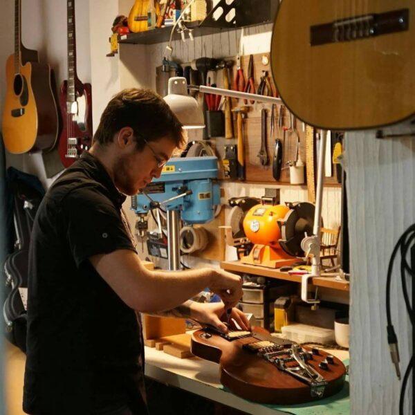 Curso Online de Calibração para Guitarras Elétricas e Baixos