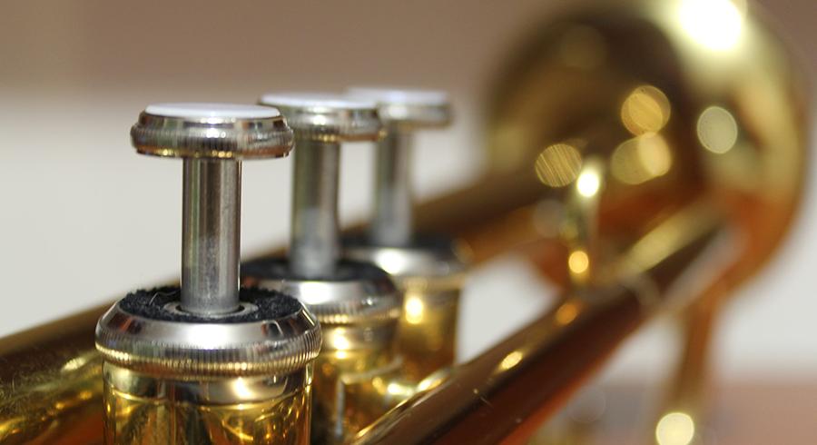 Qué trompeta debo comprar para empezar a aprender?