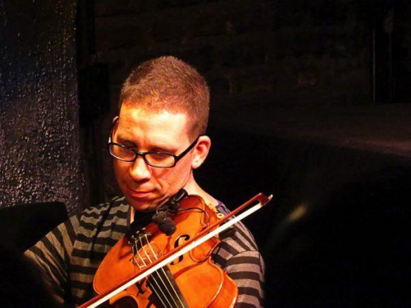 Clases de Viola online, estilos clásico y popular