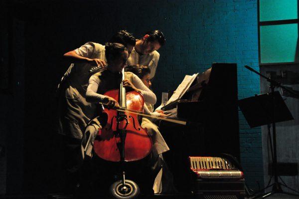 """Participación en la Obra de teatro """"Abismarse"""" de ANALIA ROSENBERG"""